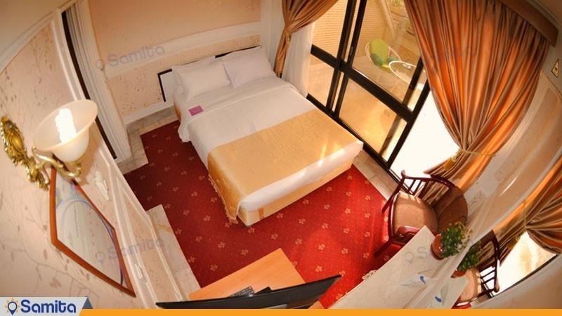 اتاق یک نفره هتل تارا