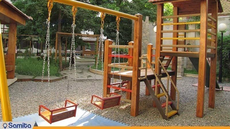 زمین بازی کودکان هتل تهران