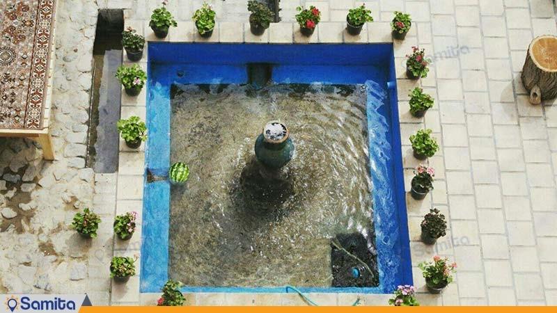 حیاط اقامتگاه سنتی خانه توسلیان