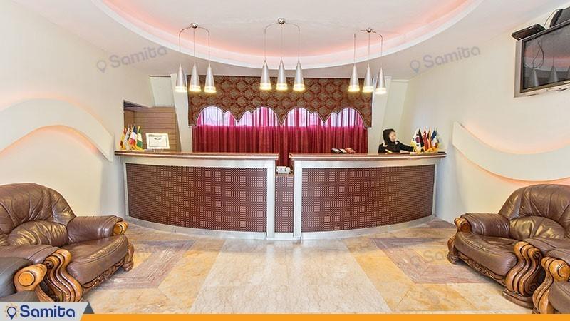 پذیرش هتل آپارتمان آریان نور
