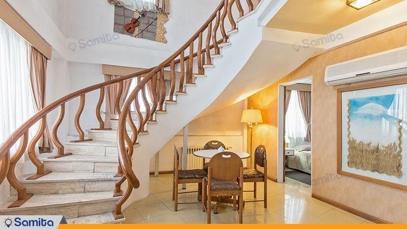 آپارتمان سه خوابه هتل آپارتمان آریان نور