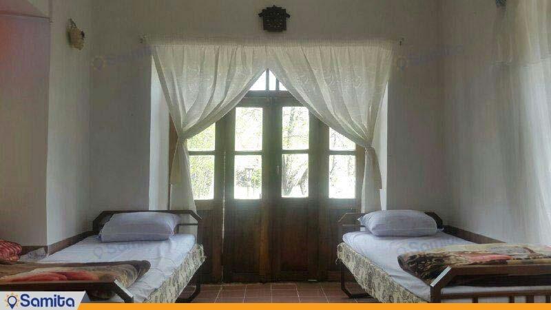 اتاق بهار نارنج اقامتگاه بومگردی کوشک آقا محمد