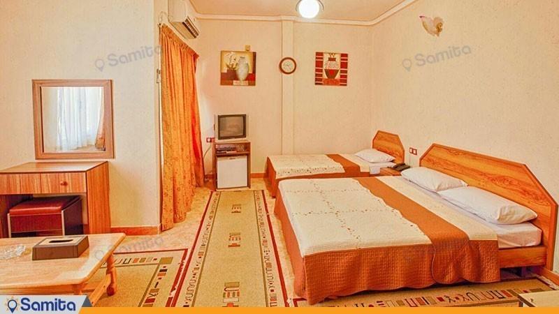اتاق سه تخته هتل آرام