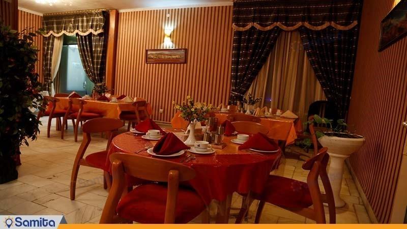 سالن صبحانه خوری مهمانسرای جهانگردی رفسنجان