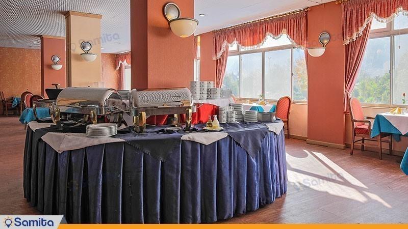 رستوران هتل پارسیان آزادی رامسر