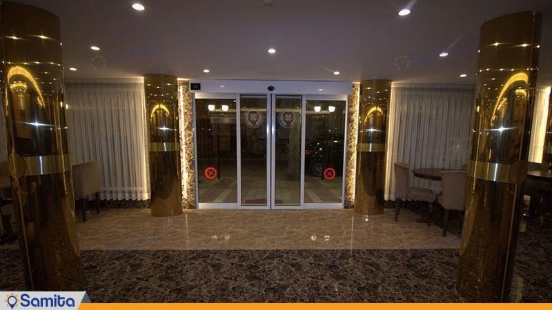 ورودی هتل پامچال رشت