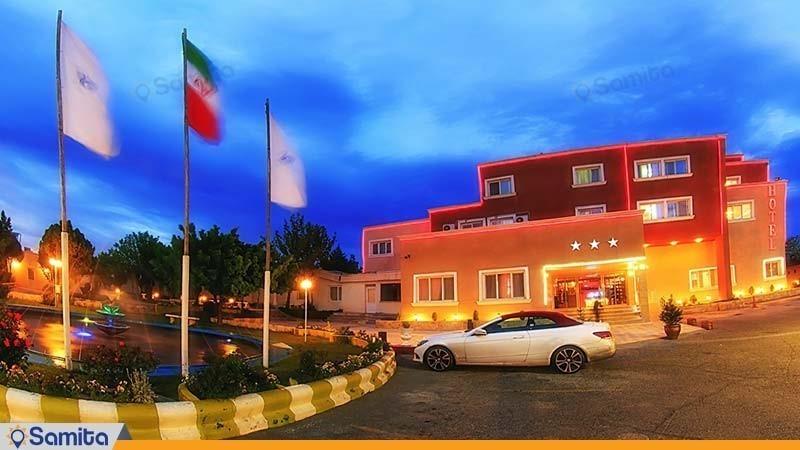 نمای ساختمان هتل جهانگردی سنندج