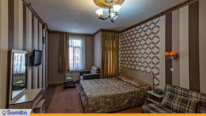 سوئیت سه تخته هتل آپارتمان ارشاد