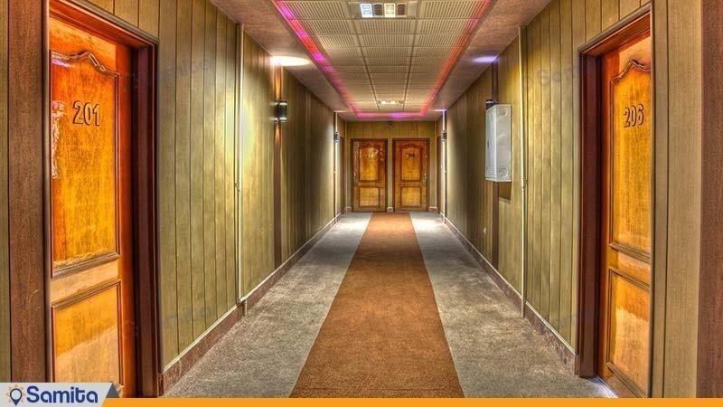 راهرو هتل آپارتمان ارشاد