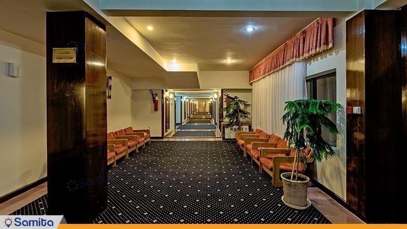 راهرو هتل بین المللی لاله