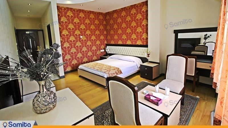اتاق دبل رویال هتل بادله
