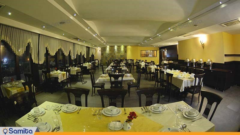 رستوران هتل پولاد کف