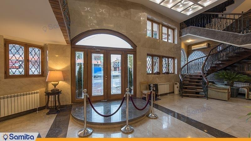 ورودی هتل ارگ