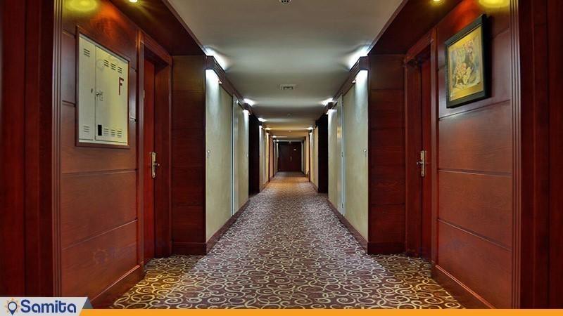 راهرو هتل هما شیراز