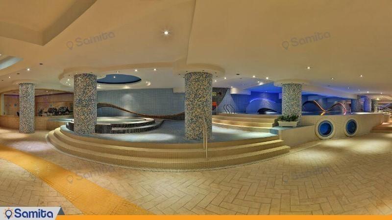 استخر هتل هما شیراز