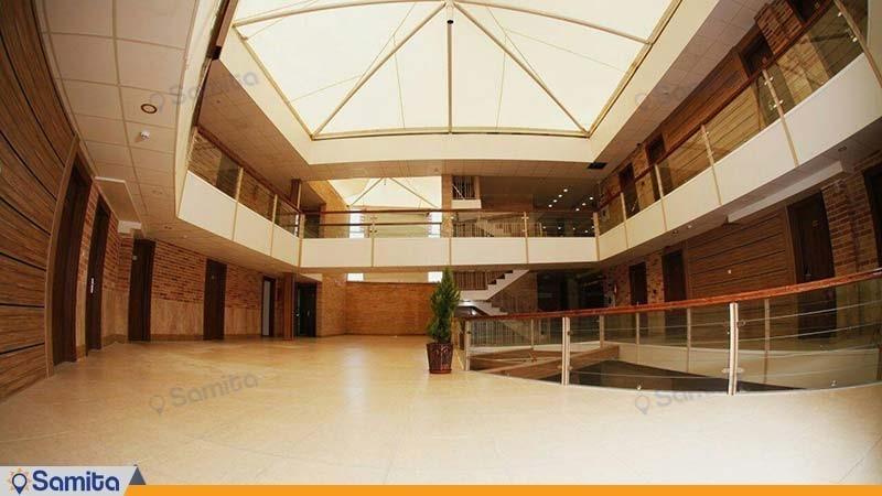 راهرو هتل نصیر الملک