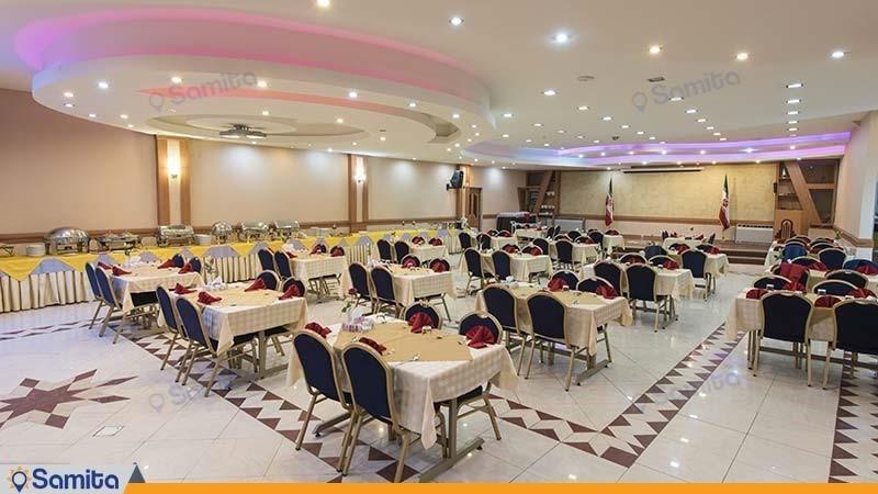 رستوران هتل پارسیان شیراز
