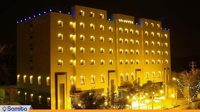 نمای ساختمان هتل پرسپولیس
