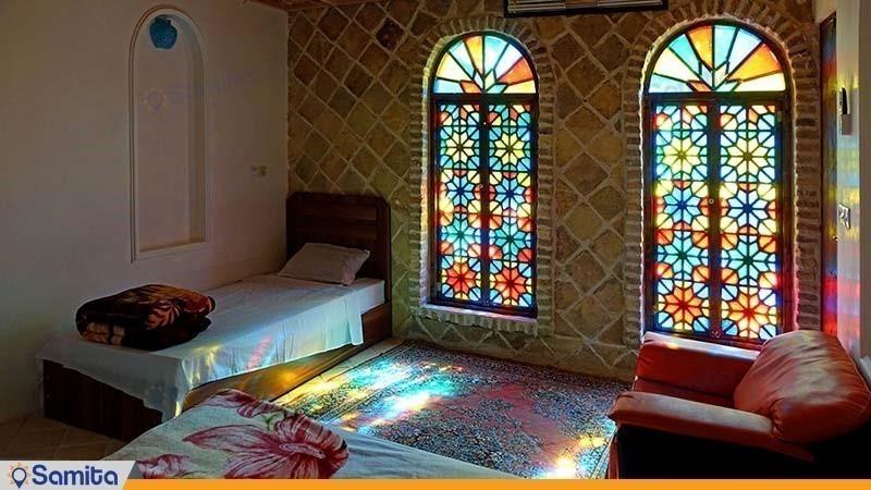 اتاق هتل سنتی راز