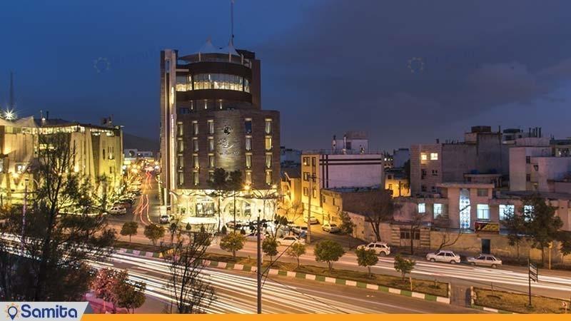 نمای ساختمان هتل رویال