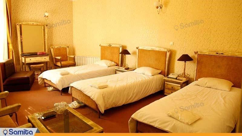 اتاق سه نفره هتل بلور