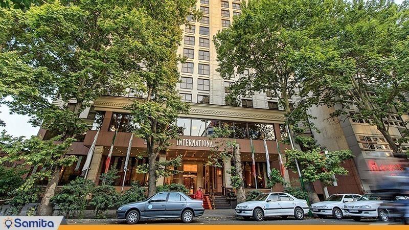نمای ساختمان هتل اسپیناس خلیج فارس