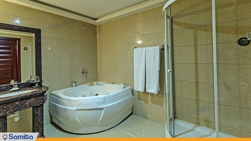 حمام هتل اسپیناس خلیج فارس