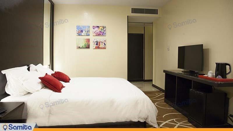 اتاق دبل دوبلکس هتل بزرگ تهران