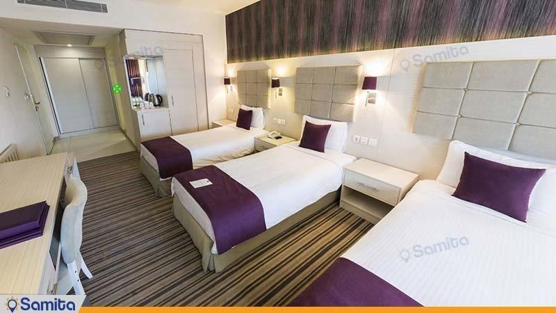 اتاق سه تخته هتل هویزه