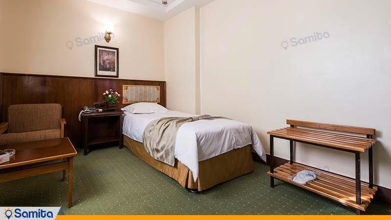 اتاق یک نفره هتل ایرانشهر
