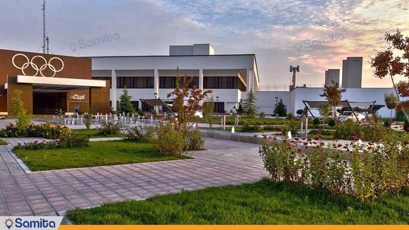 نمای ساختمان هتل المپیک تهران