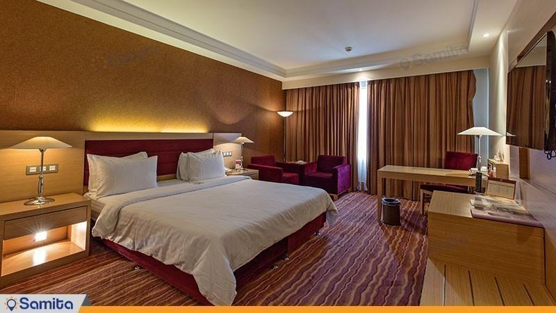اتاق دبل هتل پارسیان آزادی تهران