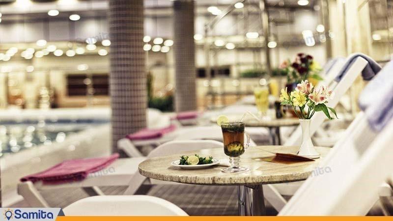 استخر هتل پارسیان کوثر تهران