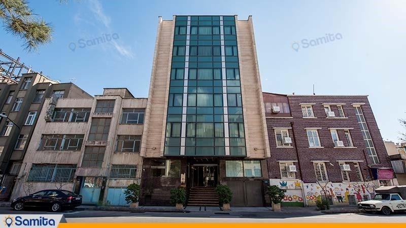 نمای ساختمان هتل ساینا