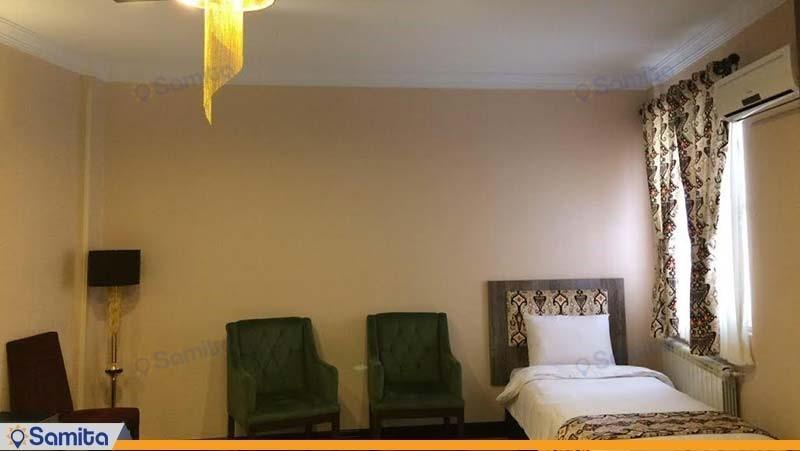 اتاق یک نفره هتل شهریار