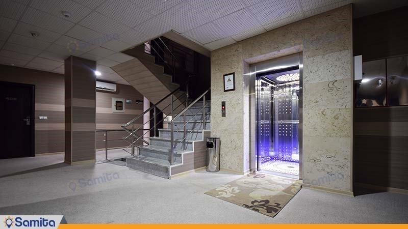 آسانسور هتل آریا