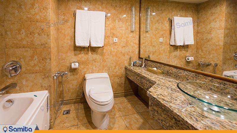 سرویس بهداشتی هتل هما