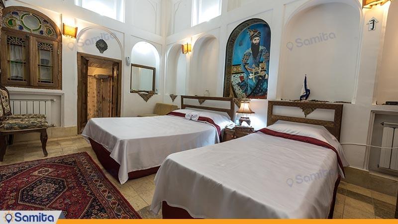 اتاق سه تخته هتل سنتی فهادان