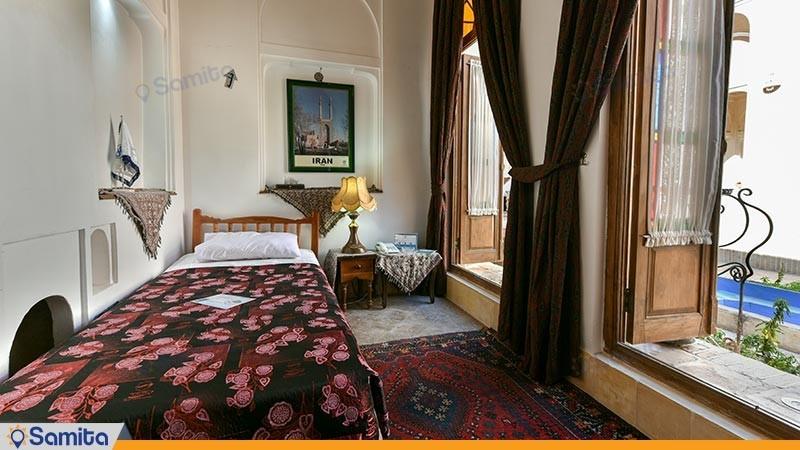 اتاق یک تخته هتل سنتی مهر