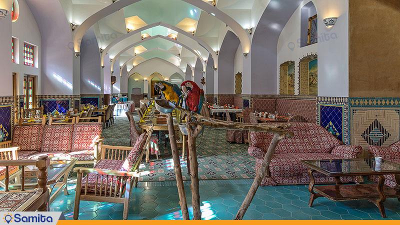 رستوران هتل باغ مشیر الممالک