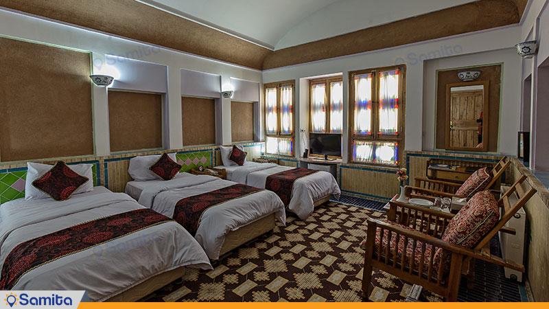 اتاق سه تخته هتل باغ مشیر الممالک