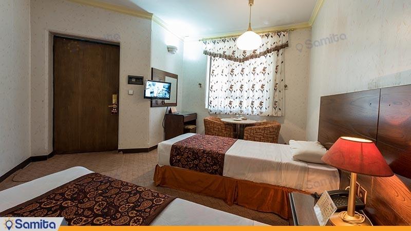 اتاق دو تخته توئین هتل پارسیان آزادی