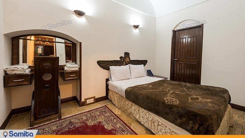 اتاق چهار تخته هتل سنتی رز