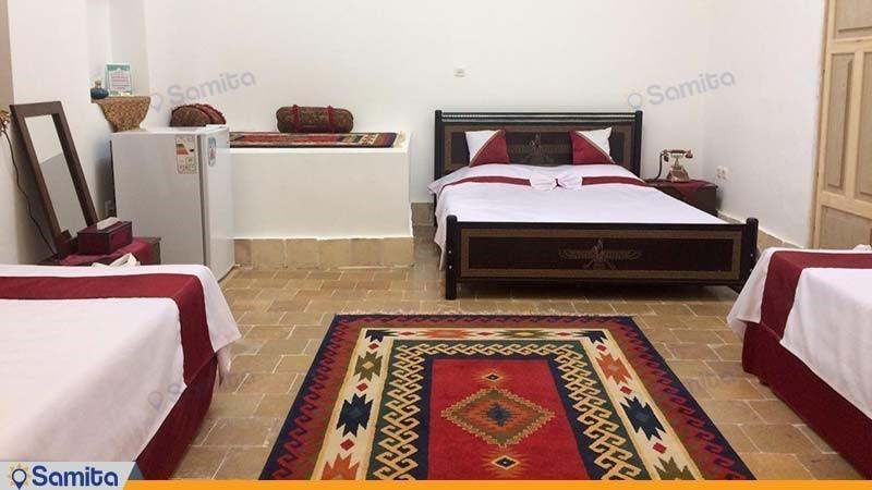 اتاق لادن سرای سنتی شعرباف