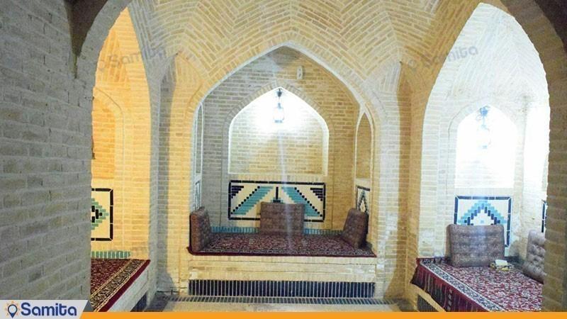 محوطه نشیمن هتل سنتی والی