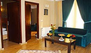 آپارتمان دو خوابه شش نفره (فولبرد)