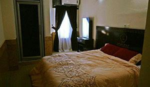 سوئیت یک خوابه چهار تخته