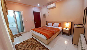 آپارتمان دو خوابه پنج- تخته جکوزی دار