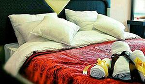 سوئیت یک خوابه دو تخته رو به شهر