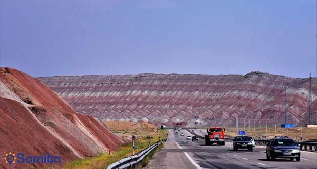 جبال ايران الملونة